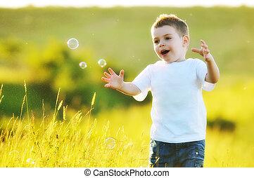 气泡, 孩子