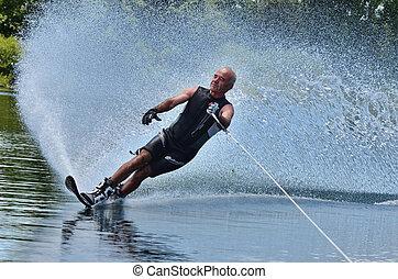 水スポーツ, -, 水上スキー