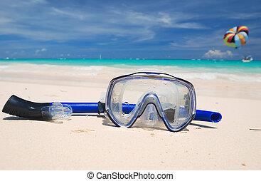 水下通气管, 設備