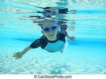 水泳, 男の子, 打撃, 水中