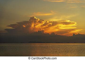 水, カラフルである, 日没, 上に, トロピカル, phangan, の間, 休暇, 雲, 夏, 島, sunset., concept., 海, 嵐, タイ, 浜。, 冷静