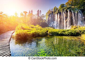 水, トルコ石, 滝