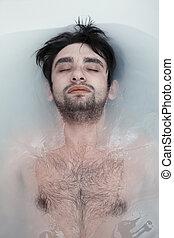 水, 浴室, 人, 泥だらけである, 若い