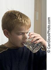 水, 男の子, 飲むこと, 若い