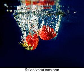 水, 草莓, 飛濺
