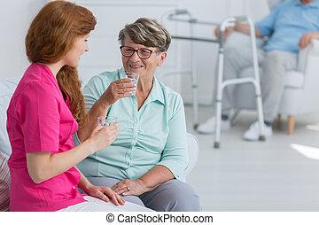水, 飲むこと, 女, シニア, 看護婦