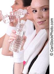 水, 飲むこと, 後で, 訓練, 女性