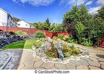 池, fence., 裏庭, 赤い岩
