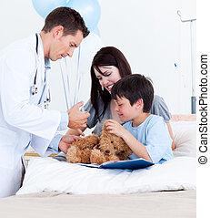 沉思, 醫生, 玩, 由于, a, 小男孩, 以及, 他的, 母親