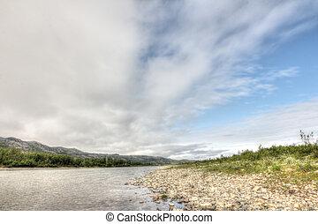 河, 在中, 山山谷