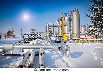 油和气体, 加工厂