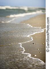 波, に, shore., 到来