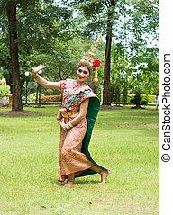 泰國, 傳統, dress., 男演員, 執行, 泰國, 古老, 跳舞, 藝術, ......的, khon-thai, 古典, 戴面具, 芭蕾舞, 在, 泰國