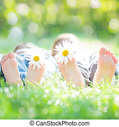 活動的, 恋人, 草 に あること