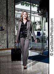 流行, ホテル, 入る, 女性実業家