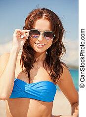 浜, サングラス, 幸せな女性