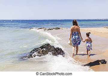 浜, 娘, 母