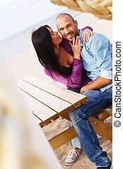 浜, 恋人, 中年, 幸せに微笑する