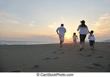 浜, 日没, 家族, 幸せ, 楽しみ, 持ちなさい, 若い