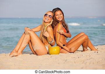 浜, 春休み, 十代の若者たち