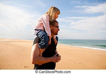 浜, 父, 肩, 届く, 娘
