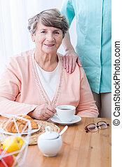 消化不良, 患者, 問題, 年配