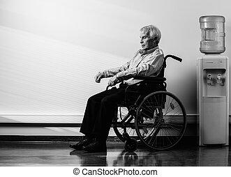 深思, 高階人, 在, 輪椅, 在, 老人院
