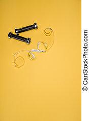 測定, ダンベル, 隔離された, 黄色, テープ, 黒, 光沢がある