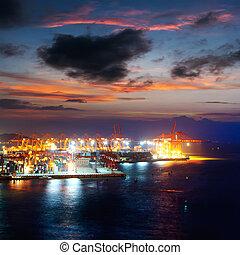 港口, 夜晚