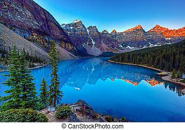 湖の氷堆石