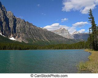 湖, 中に, カナダのロッキーズ