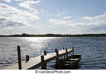 湖, 在, the, 村舍