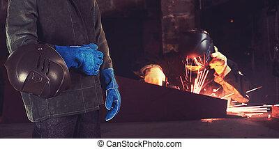 溶接工, 中に, ∥, 工場