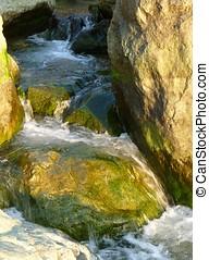 滝, によって, コケむした, 岩