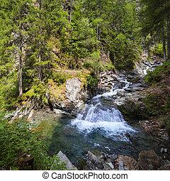 滝, フランスのアルプス