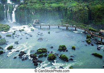 滝, 位置を定められた, ブラジル人, ボーダー, iguassu, シリーズ, 世界, 光景, 側, 最も大きい, アルゼンチン, 落ちる