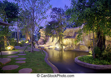 滝, 庭, 夜