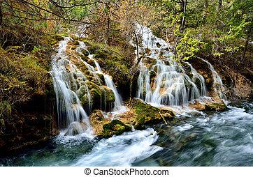 滝, jiuzhaigou