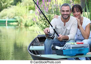 漁船, 坐