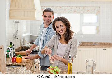 漂亮, 人, 烹調, 由于, 他的, 女朋友