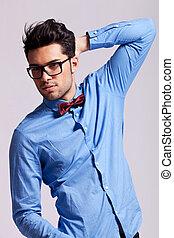 漂亮, 人, 穿墨鏡, 以及, a, 弓領帶