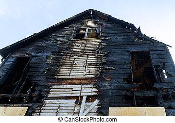 火の家, 後で, 破壊された, 住宅, 台なし
