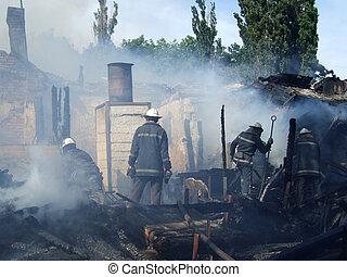 火の家, 消防士, アパート, 消しなさい