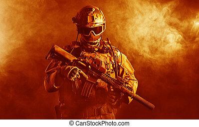 火, 兵士, 特殊部隊