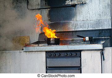 火, 台所で