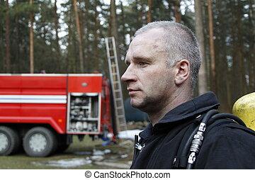 火, lifesaver., man., 人, belarus, fires., firefighter., fire., 専門職, 森林, 消すこと, 戦い
