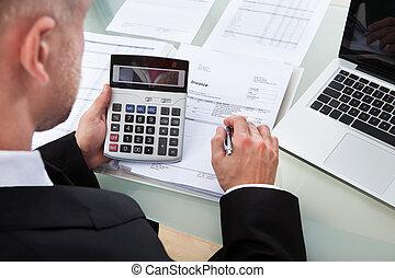 点検, レポート, 数字, ビジネスマン
