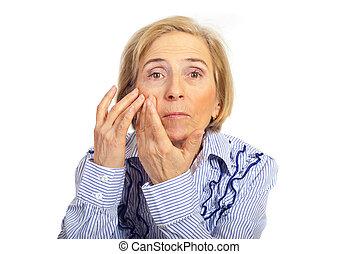 点検, 皮膚, 年長の 女性, 顔