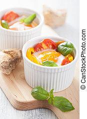烘烤, 蛋, 带, 番茄, 同时,, 红辣椒