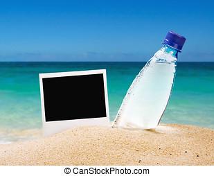 照片框架, 以及, a, 瓶子, ......的, 飲用水